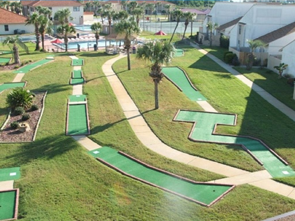 Onsite Mini Golf